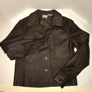 Newport News Sz 8 brown leather jacket